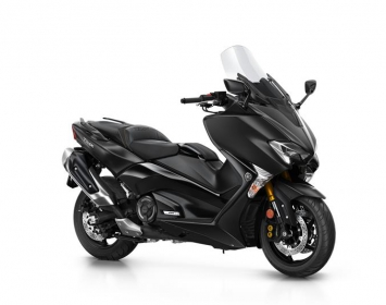 2017-yamaha-tmax-dx-eu-liquid-darkness-studio-001
